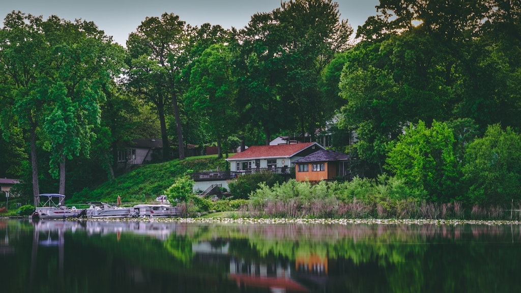 A Few Tips for Starting the Search for MN Lake Houses for Sale